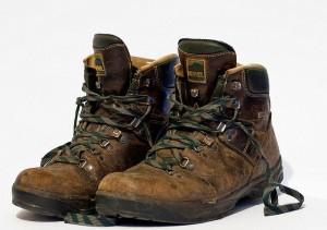 Поношенные ботинки