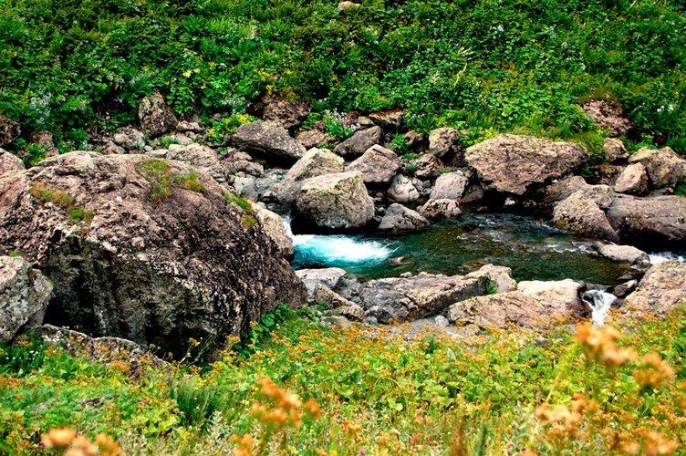 Дорогоа на озера Тоба