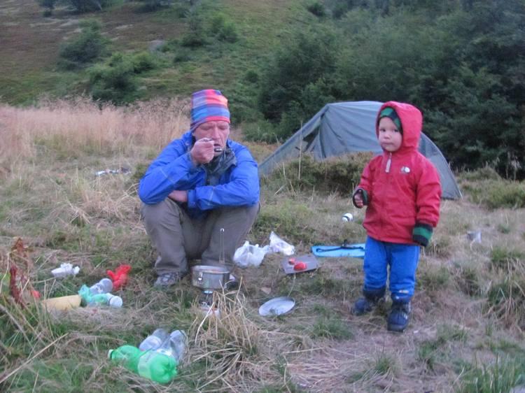 Детские походы в Карпаты. Ужин